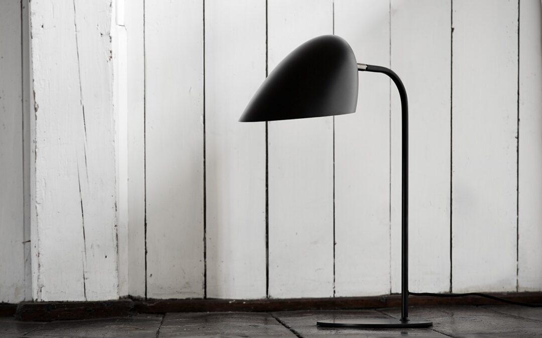 Lampa stołowa i podłogowa   światło we wnętrzu