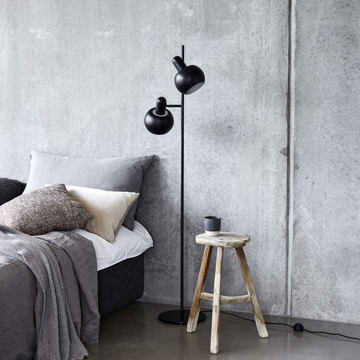 BF20 lampa podłogowa Frandsen